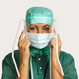 molnlycke surgical mask